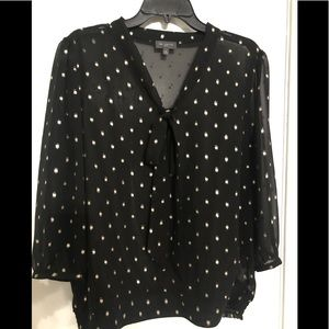 Like new!! Adorable sheer shirt